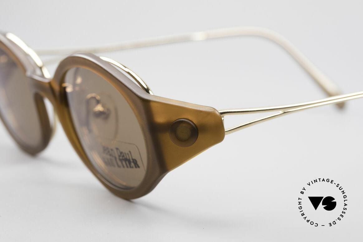 Jean Paul Gaultier 56-7202 Ovale Brille mit Sonnenclip, ovale Fassung in Kombination mit sehr markantem Clip, Passend für Herren und Damen