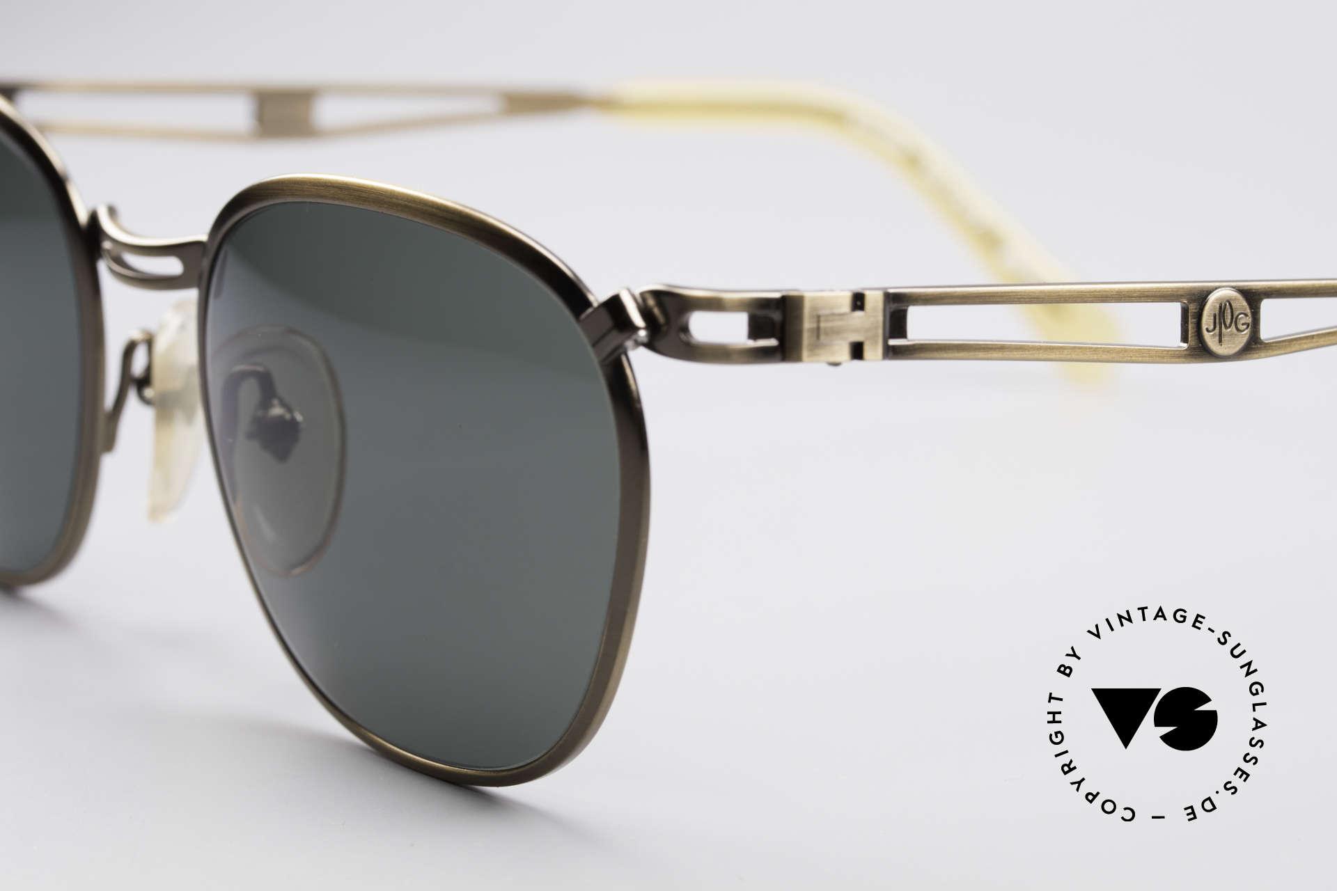 Jean Paul Gaultier 56-2177 90er Designer Sonnenbrille, Metall: messing-gebürstet & grün/graue Sonnengläser, Passend für Herren und Damen