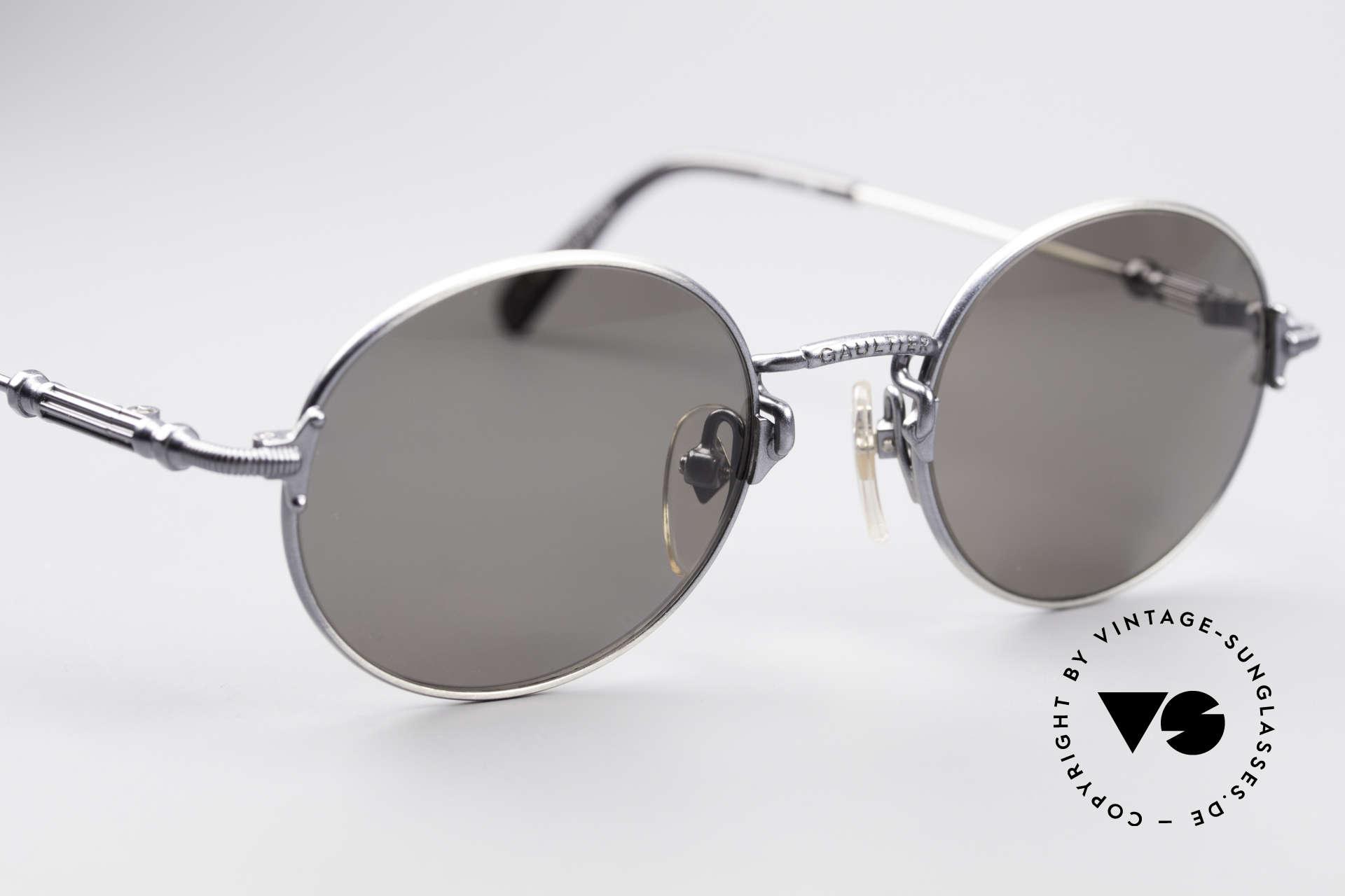 Jean Paul Gaultier 55-6109 Kleine Brille Polarisierend, unbenutzt (wie alle unsere vintage GAULTIER Brillen), Passend für Herren und Damen