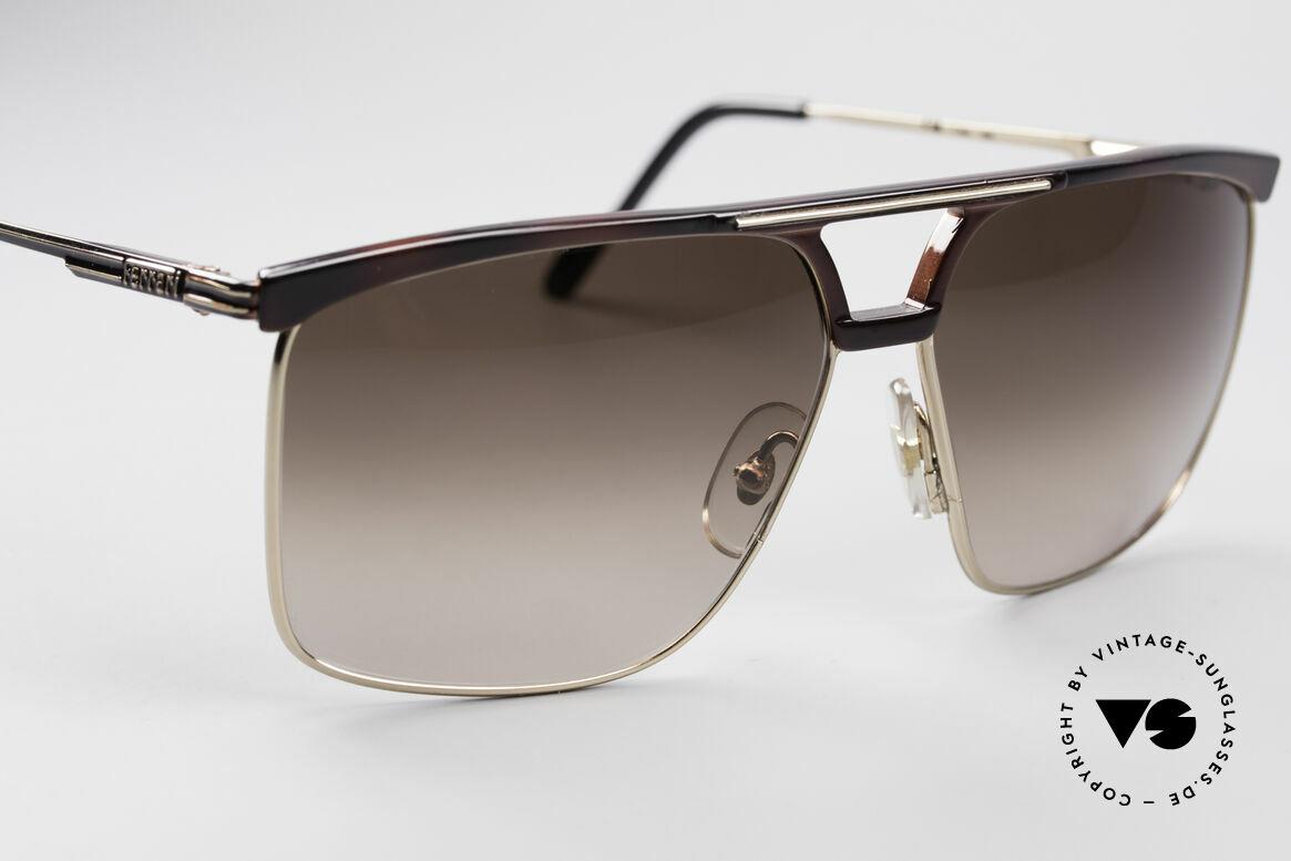 Ferrari F35 Alutanium 80er Sonnenbrille, ungetragen (wie alle unsere FERRARI Sonnenbrillen), Passend für Herren