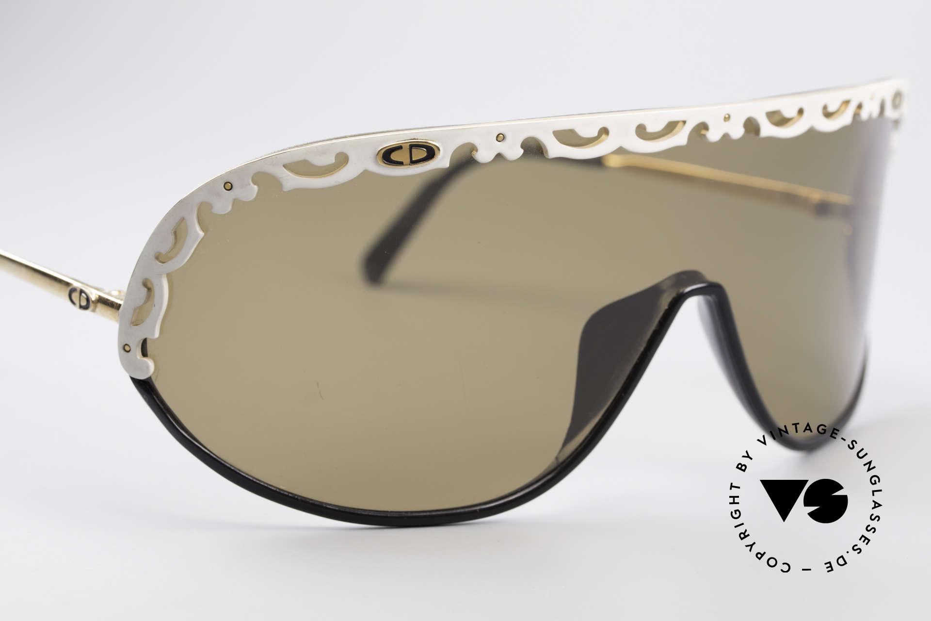 Christian Dior 2501 80er Designer Sonnenbrille, ungetragen (wie alle unsere Chr. Dior Sonnenbrillen), Passend für Damen