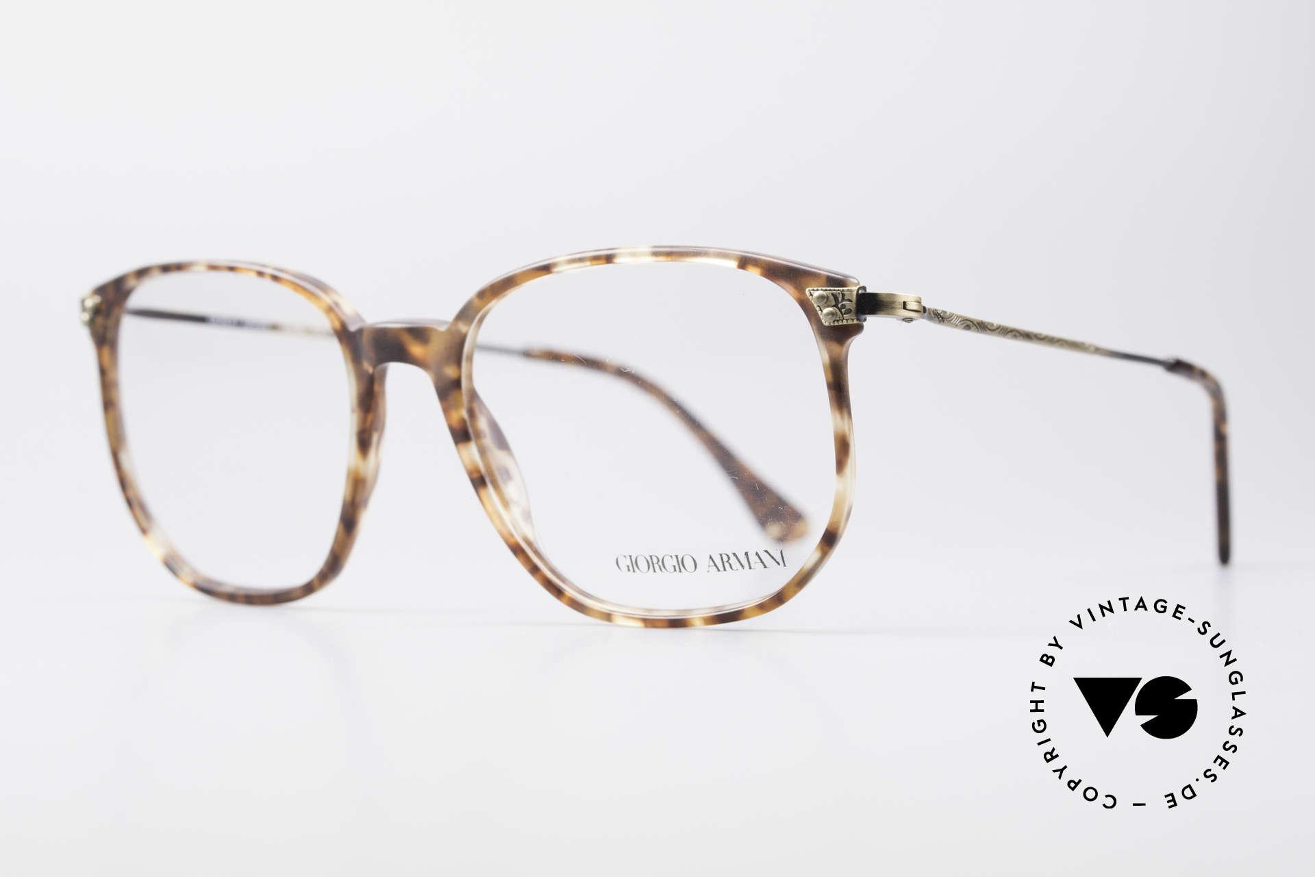Giorgio Armani 335 Echte Vintage Unisex Brille, tolles Rahmenmuster und aufwendig verzierte Bügel, Passend für Herren und Damen