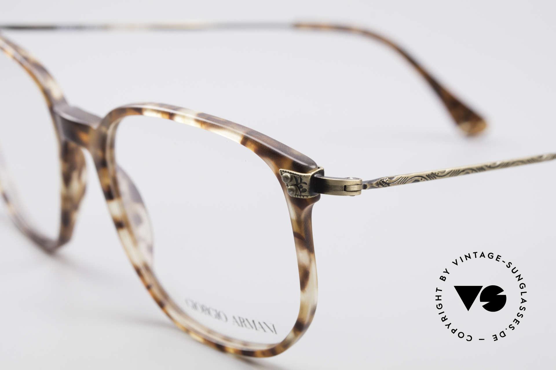 Giorgio Armani 335 Echte Vintage Unisex Brille, die Fassung kann natürlich beliebig verglast werden, Passend für Herren und Damen
