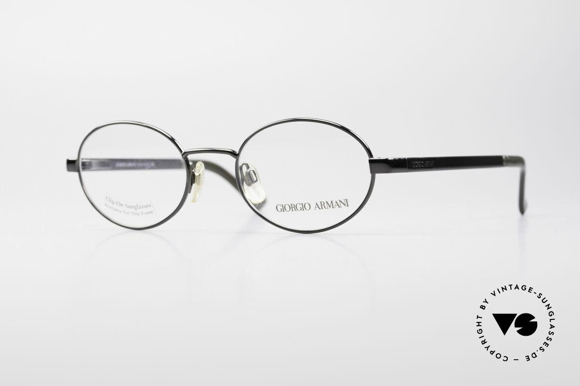Giorgio Armani 257 Ovale Vintage Fassung 90er, ovale vintage Brillenfassung vom GIORGIO ARMANI, Passend für Herren und Damen