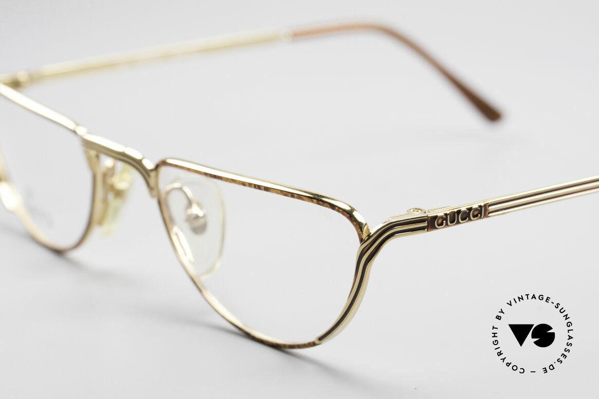 Gucci 2203 Vintage Lesebrille 80er, Fassung glänzt Gold mit Schwarz und Kastanienbraun, Passend für Herren und Damen