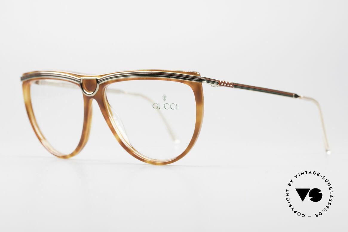 Gucci 2303 Vintage Damenbrille 80er, typisches 80er Gucci Design mit Steigbügelbrücke, Passend für Damen