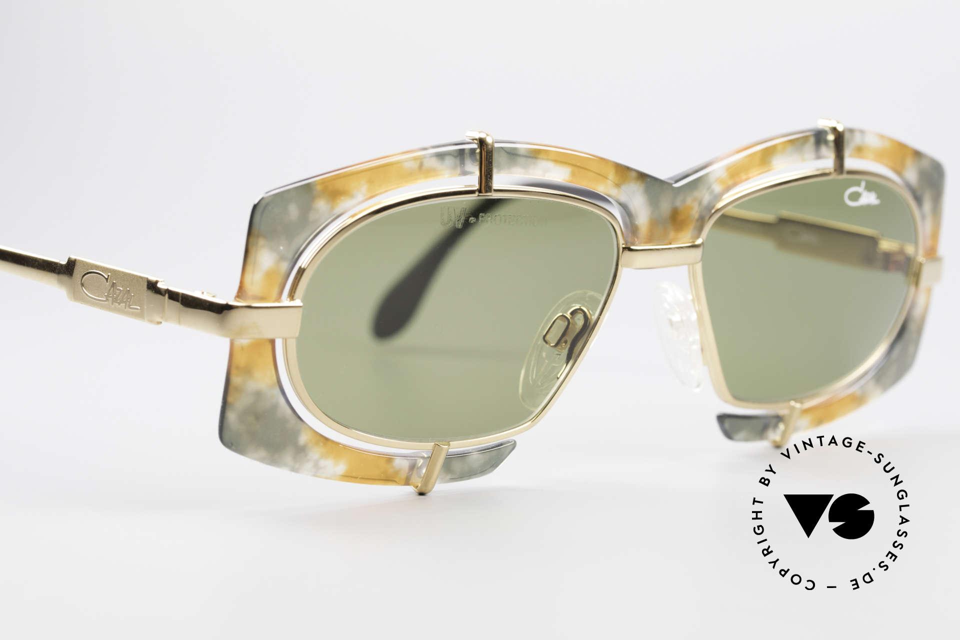 Cazal 872 Außergewöhnliche 90er Brille, ungetragen (wie all unsere vintage Cazal Sonnenbrillen), Passend für Herren und Damen