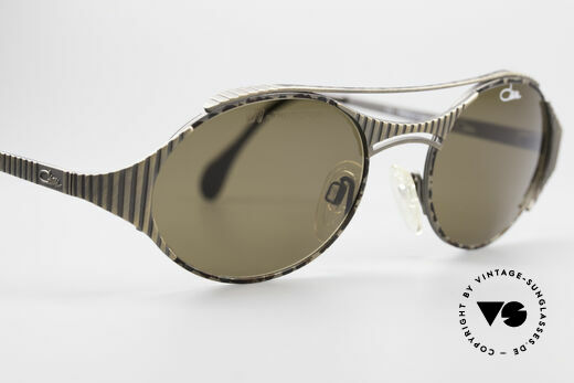 Cazal 978 Vintage Designer Sonnenbrille, dunkelbraune Sonnengläser (für 100% UV Protection), Passend für Herren und Damen