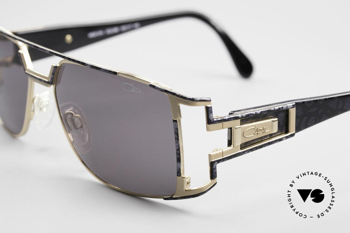 Cazal 974 Unisex Brille Damen Herren, fühlbare Spitzen-Qualität (made in Germany); 100% UV, Passend für Herren und Damen