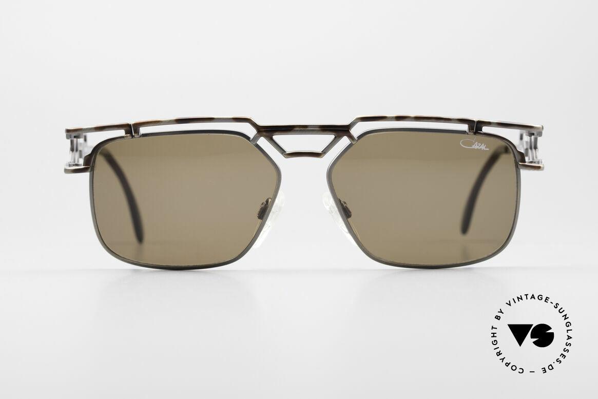 Cazal 973 90er Qualität Sonnenbrille, sagenhafte Fertigungsqualität (wie aus einem Guss), Passend für Herren und Damen