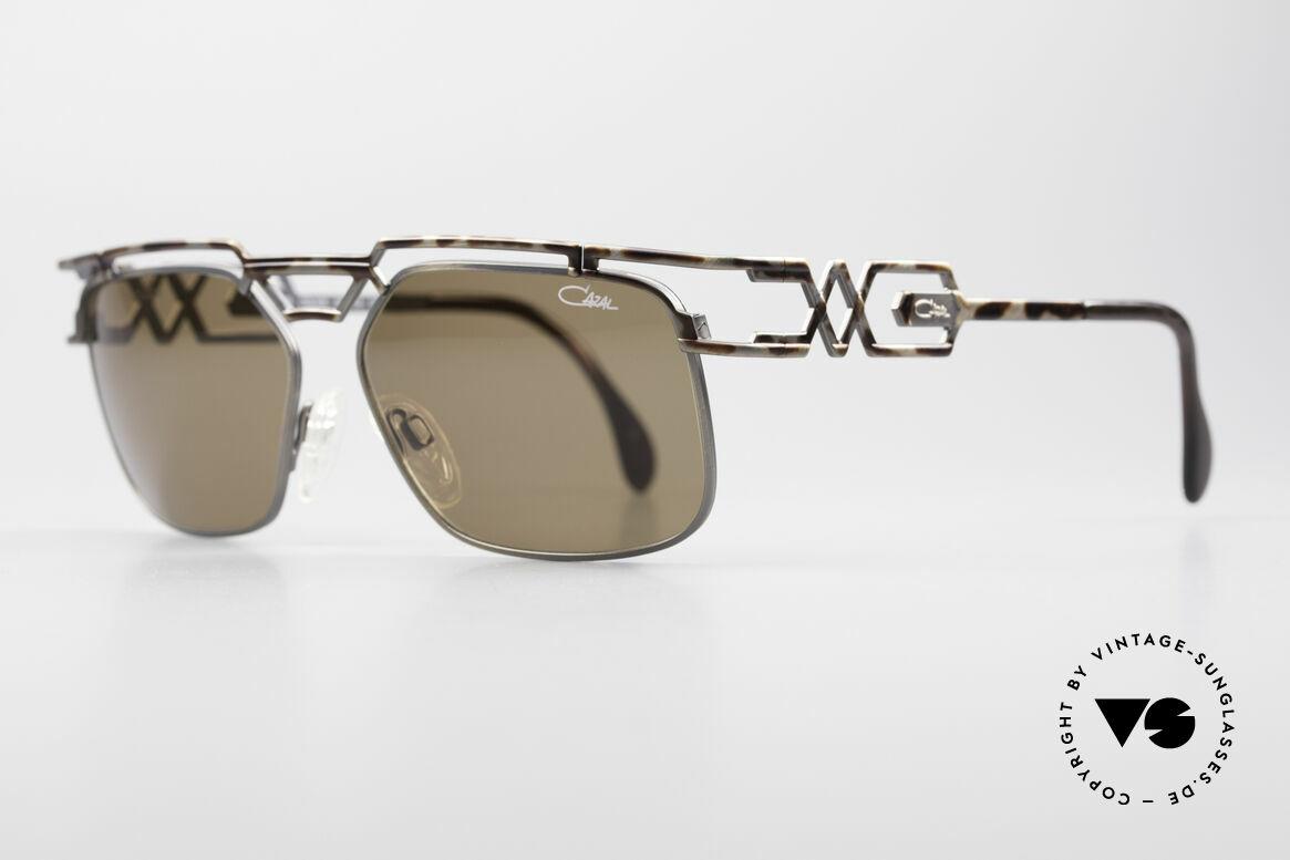 Cazal 973 90er Qualität Sonnenbrille, zudem sehr interessante Farbgestaltung / -Muster, Passend für Herren und Damen