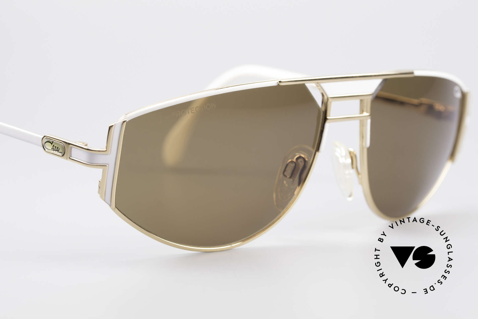 Cazal 964 Echte Vintage Sonnenbrille, ungetragenes Original (wie all unsere vintage Cazals), Passend für Herren und Damen