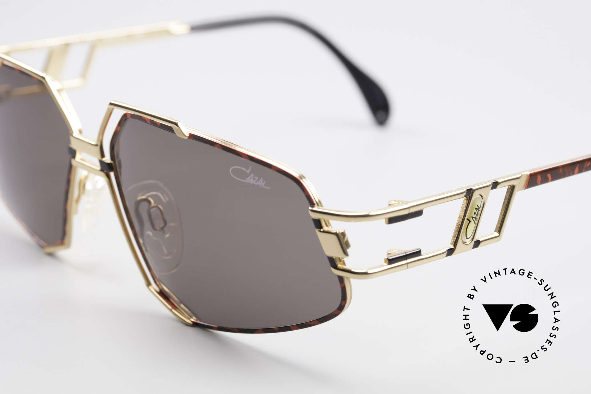 Cazal 961 Designer Vintage Sonnenbrille, damals wie heute ein begehrtes Hip-Hop-Accessoire, Passend für Herren und Damen
