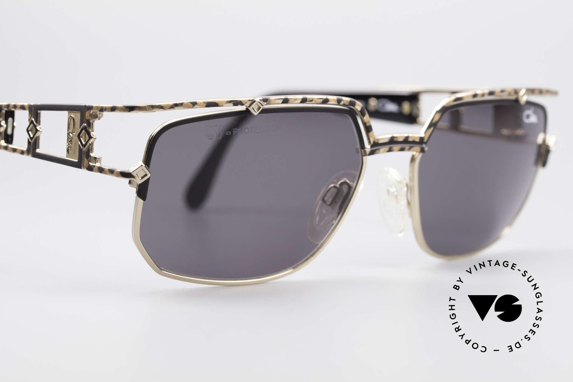 Cazal 979 Vintage Damen Sonnenbrille, ungetragen (wie alle unsere 90er Cazal vintage Brillen), Passend für Damen