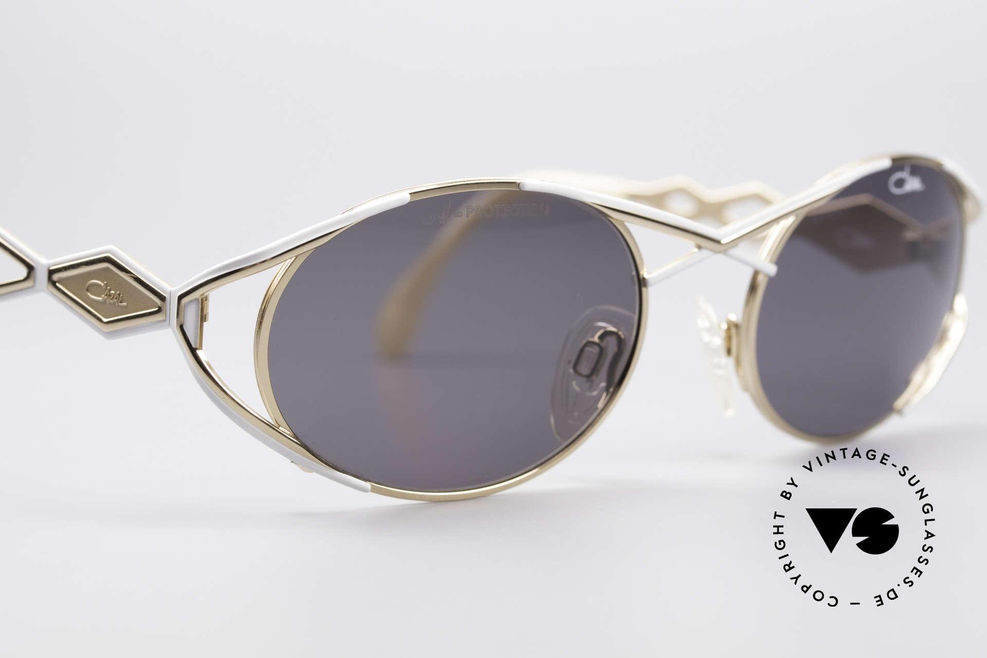 Cazal 977 Designer Sonnenbrille Damen, ungetragen (wie all unsere Cazal Designerbrillen), Passend für Damen
