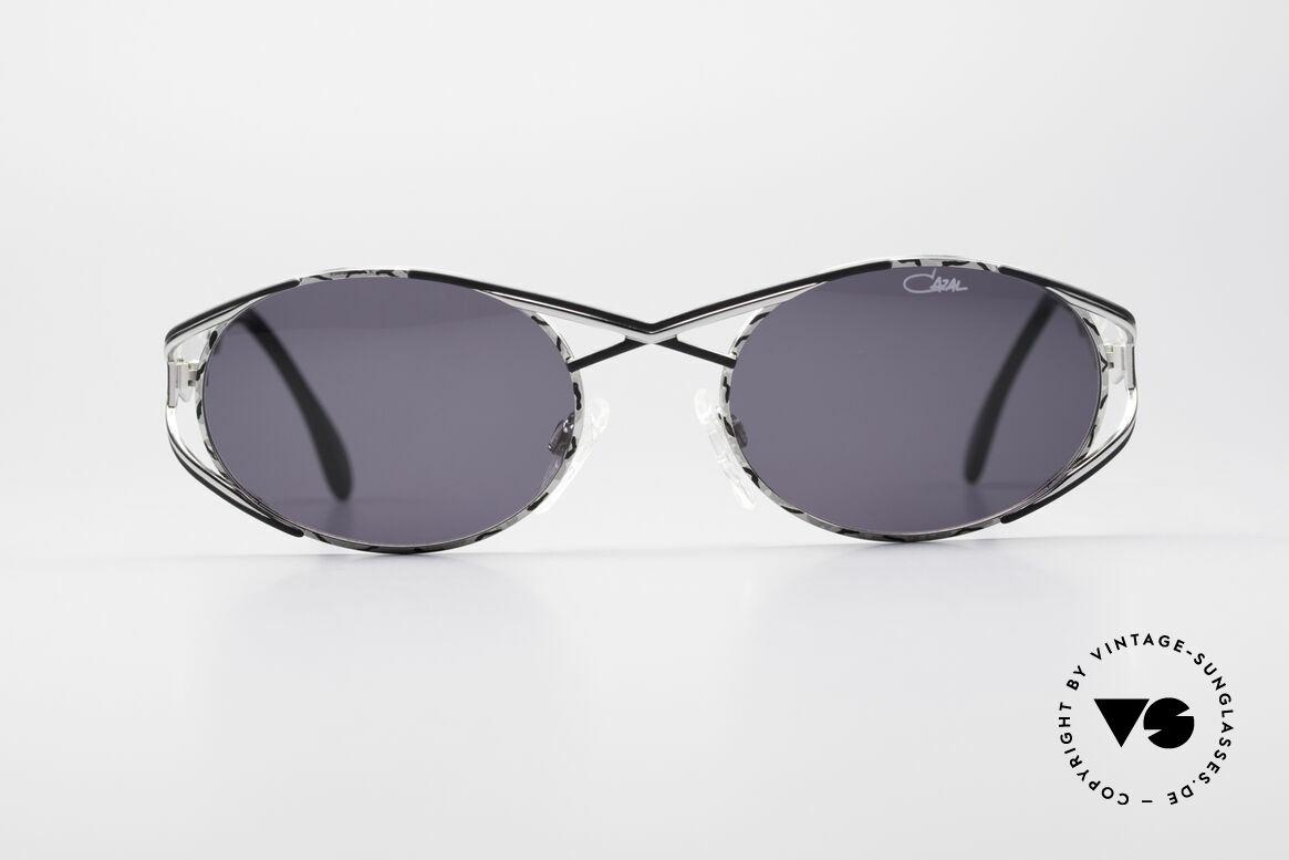 Cazal 977 Vintage Sonnenbrille Damen, sehr elegante Rahmengestaltung in silber / schwarz, Passend für Damen