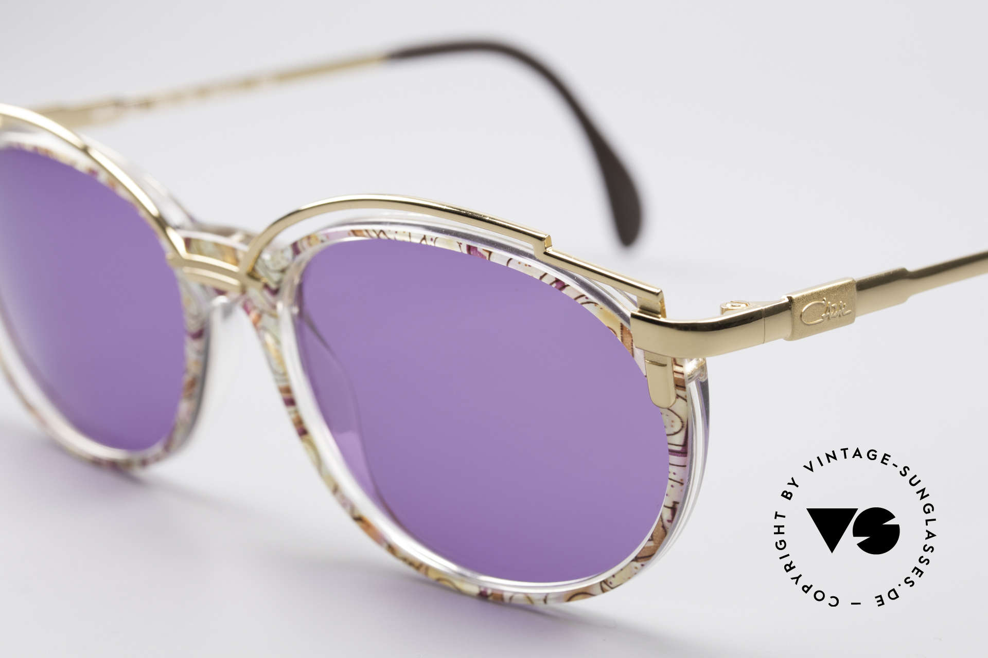 Cazal 358 Rare 90er Vintage Sonnenbrille, grandioses Rahmenmuster: fuchsia-mint pastell / gold, Passend für Damen