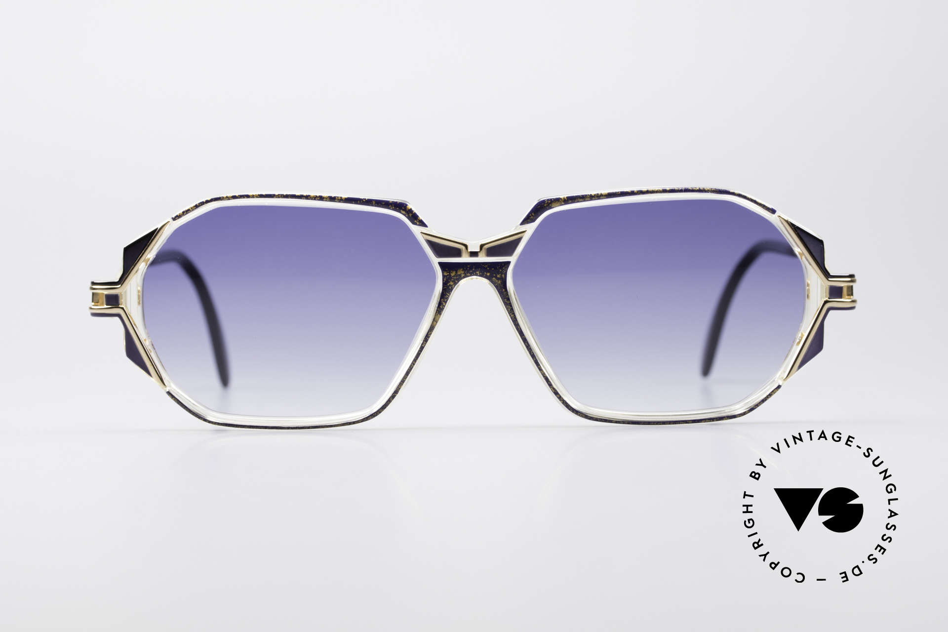 Cazal 361 Designersonnenbrille No Retro, tolle Gestaltung der Bügelgelenke & Rahmenmuster, Passend für Damen