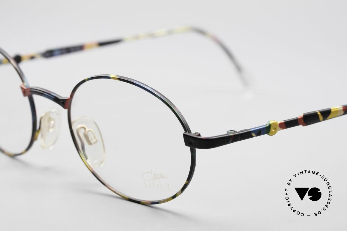 Cazal 1114 - Point 2 Runde Ovale Vintage Brille, dezentes Design mit klaren und einfachen Formen, Passend für Herren und Damen