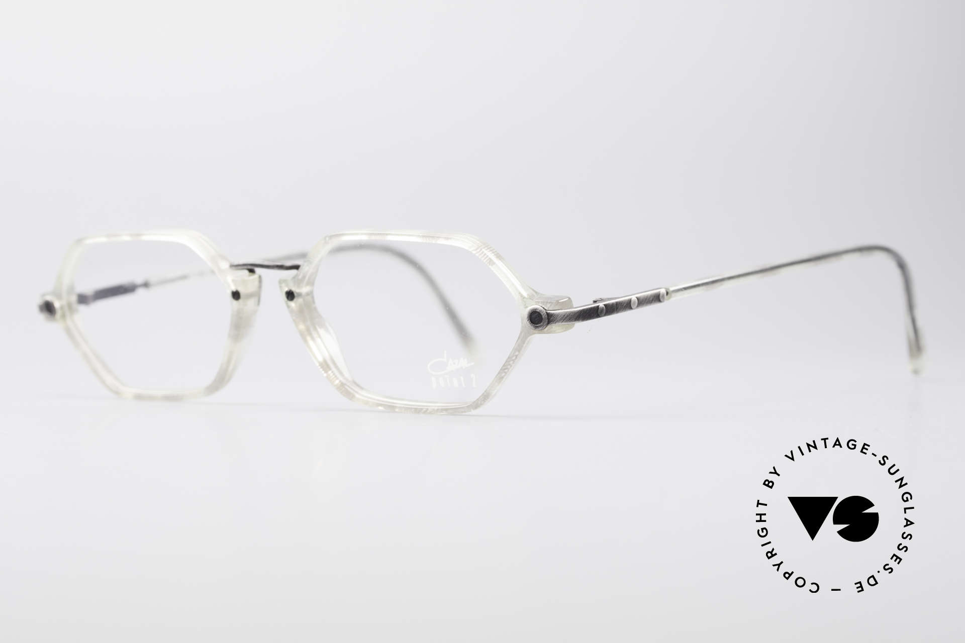 Cazal 1302 - Point 2 Original 90er Brillenfassung, grazile Kombination der Materialien in Top-Qualität, Passend für Herren und Damen