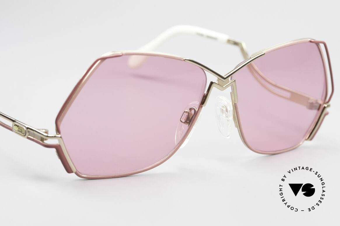 Cazal 226 Pinke Sonnenbrille Damen, ungetragen (wie alle unsere CAZAL vintage Brillen), Passend für Damen