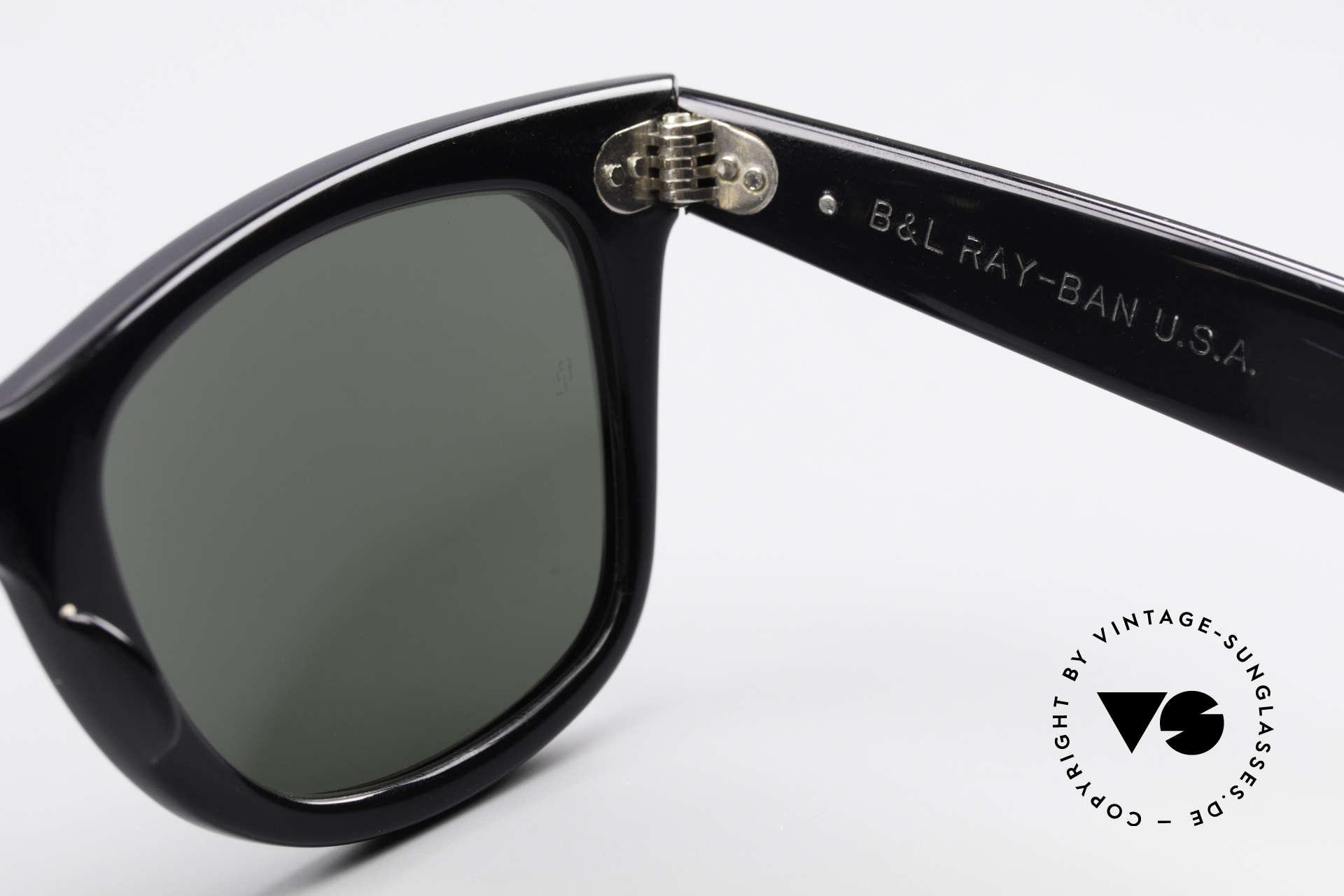 Ray Ban Wayfarer I 80er Sonnenbrille B&L USA, Name: W0523 Wayfarer Street Neat Amethyst/Black, Passend für Damen