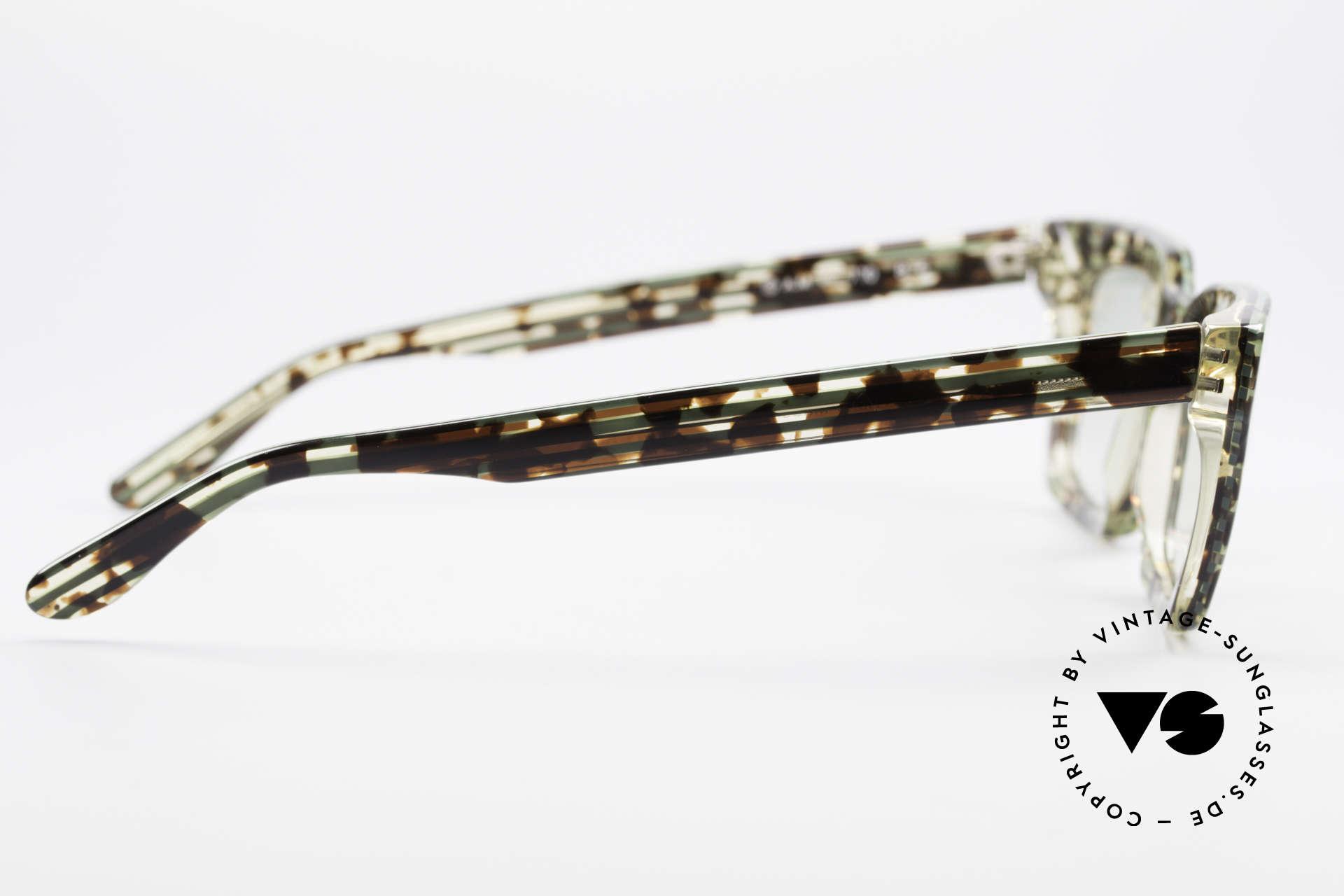 Alain Mikli 710 / 825 Außergewöhnliche Fassung, Sonnengläser könnten durch optische ersetzt werden, Passend für Herren und Damen