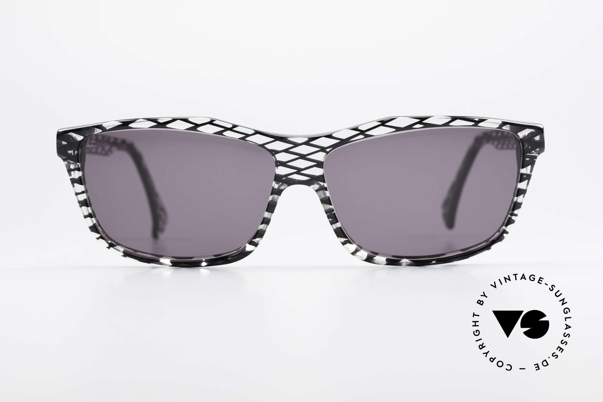 Alain Mikli 701 / 280 Gemusterte 80er Sonnenbrille, spektakuläres Muster in kristall / schwarz-netzförmig, Passend für Damen