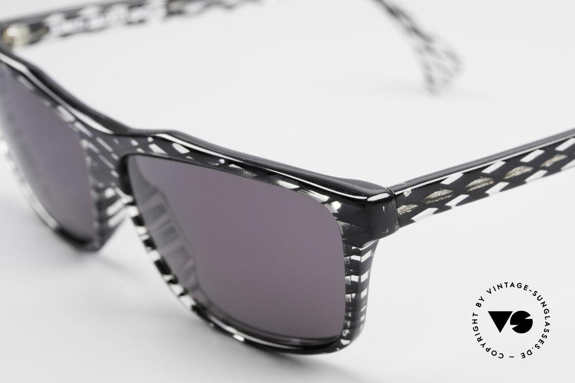 Alain Mikli 701 / 280 Gemusterte 80er Sonnenbrille, ungetragen (wie alle unsere 1980er vintage-Klassiker), Passend für Damen