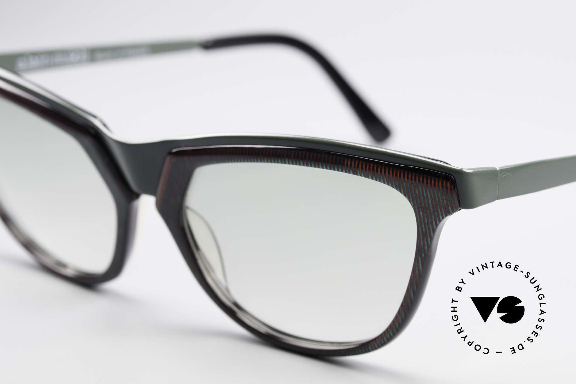 Alain Mikli 624 / 836 Hologramm Effekt Brille, Farbe variiert zw. rot & grün je nach Lichteinfall, Passend für Damen