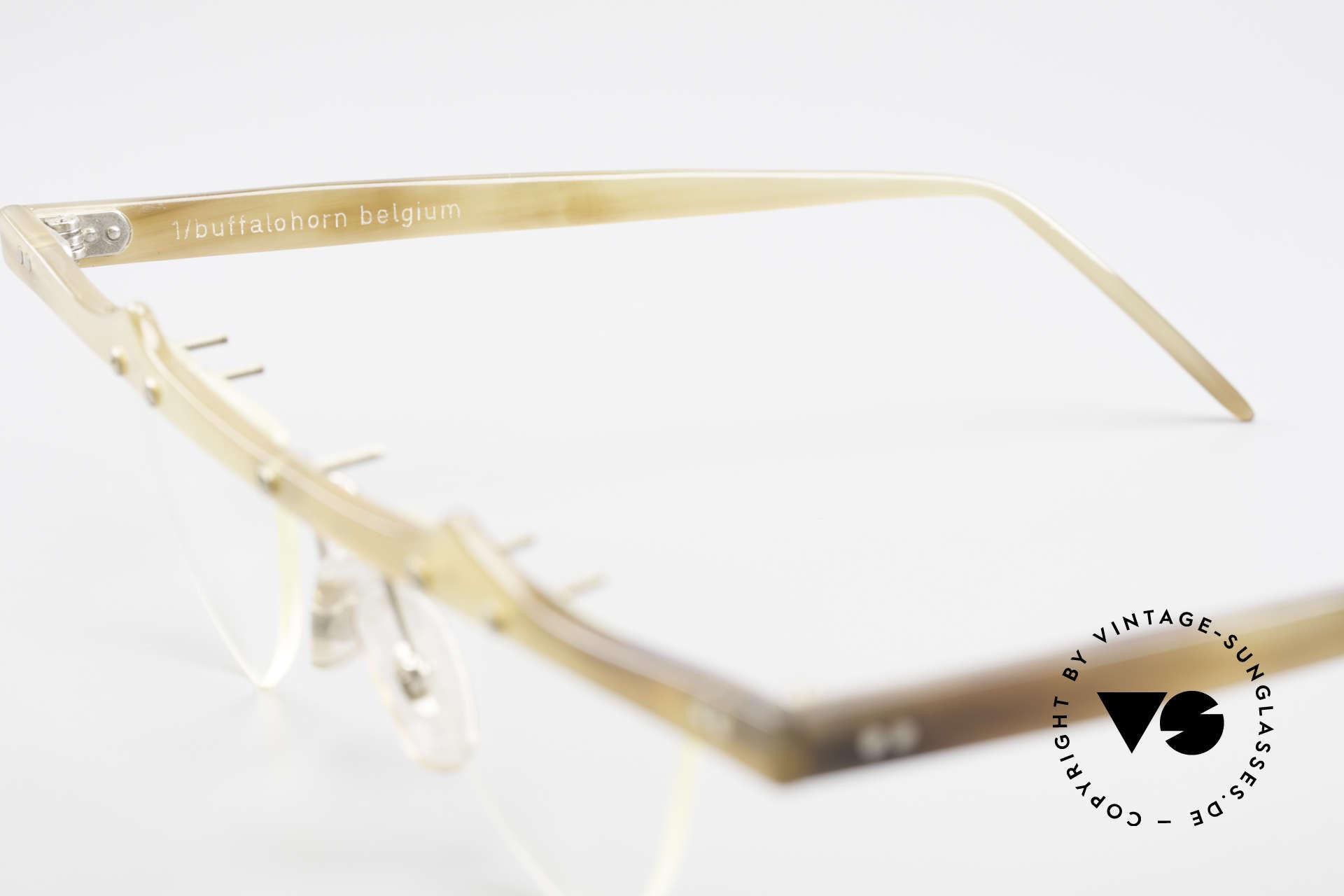 Theo Belgium Eta 90er Büffelhorn Herzbrille, ungetragenes Theo-Einzelstück für die, die sich trauen ;), Passend für Damen