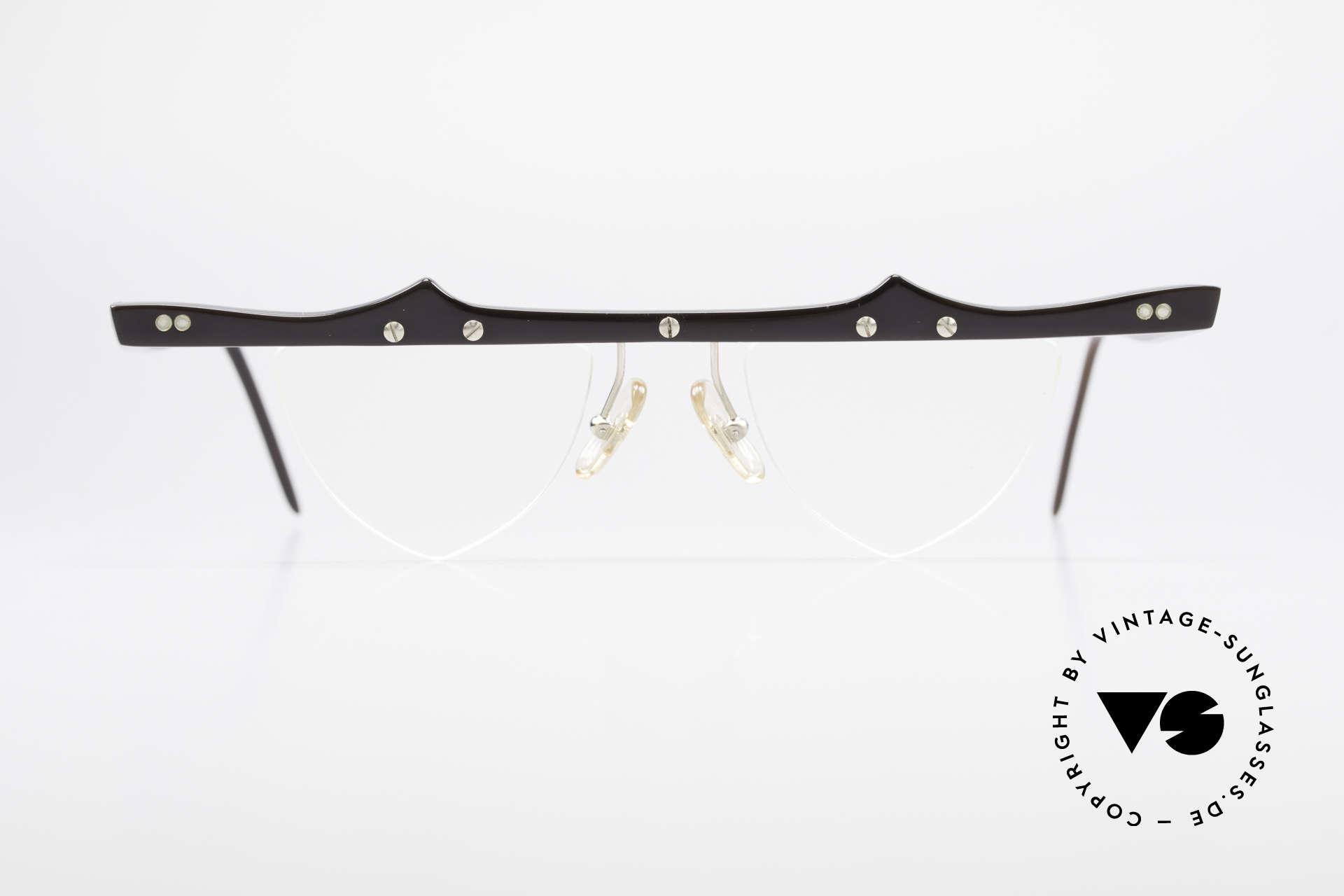 Theo Belgium Eta 90er Herzbrille Büffelhorn XL, in 1989 gegründet als 'ANTI MAINSTREAM' Brillenmode, Passend für Damen
