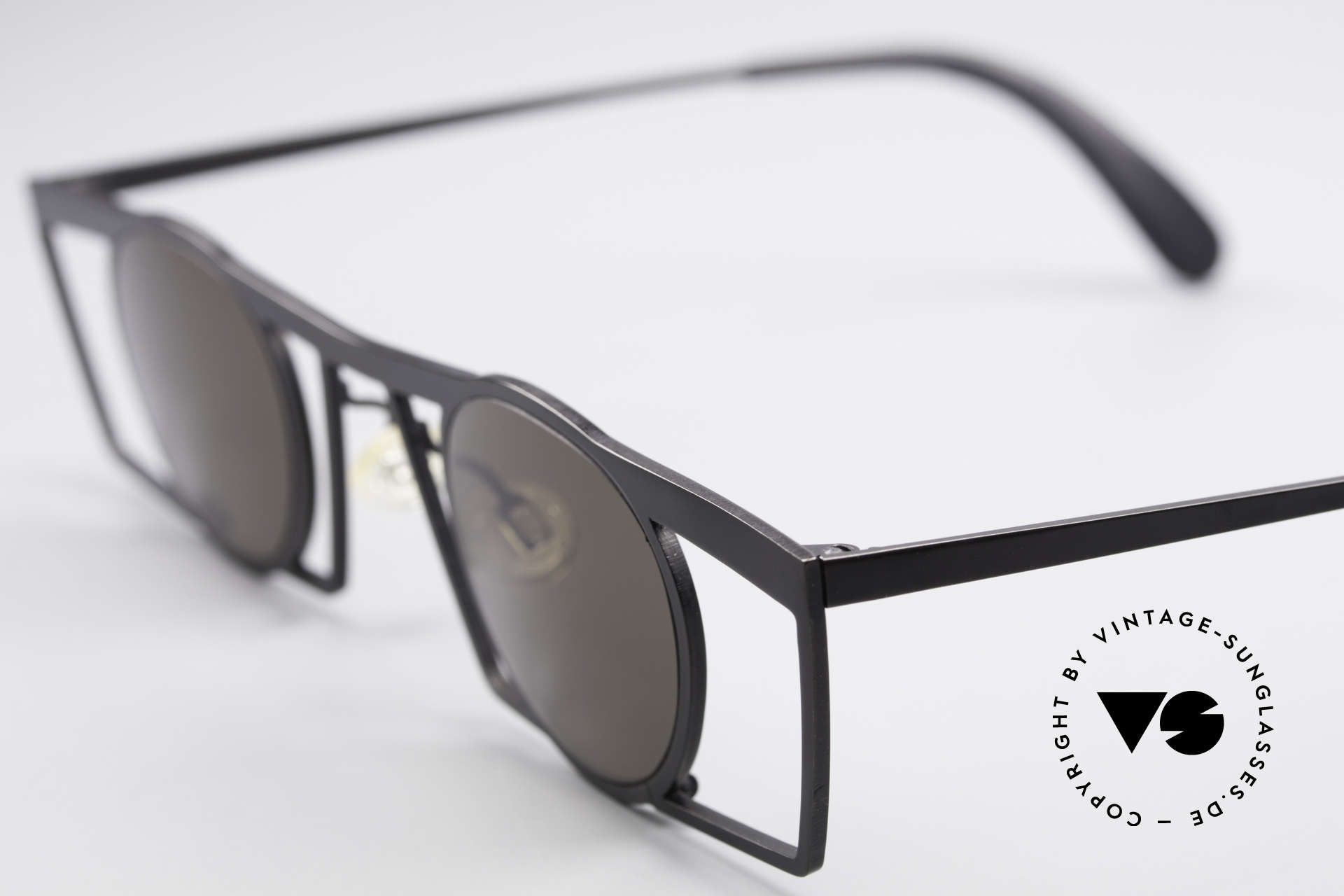 Theo Belgium Jupiter Eckige Designer Sonnenbrille, runde Gläser in einem spektakulären (eckigen) Rahmen, Passend für Herren und Damen