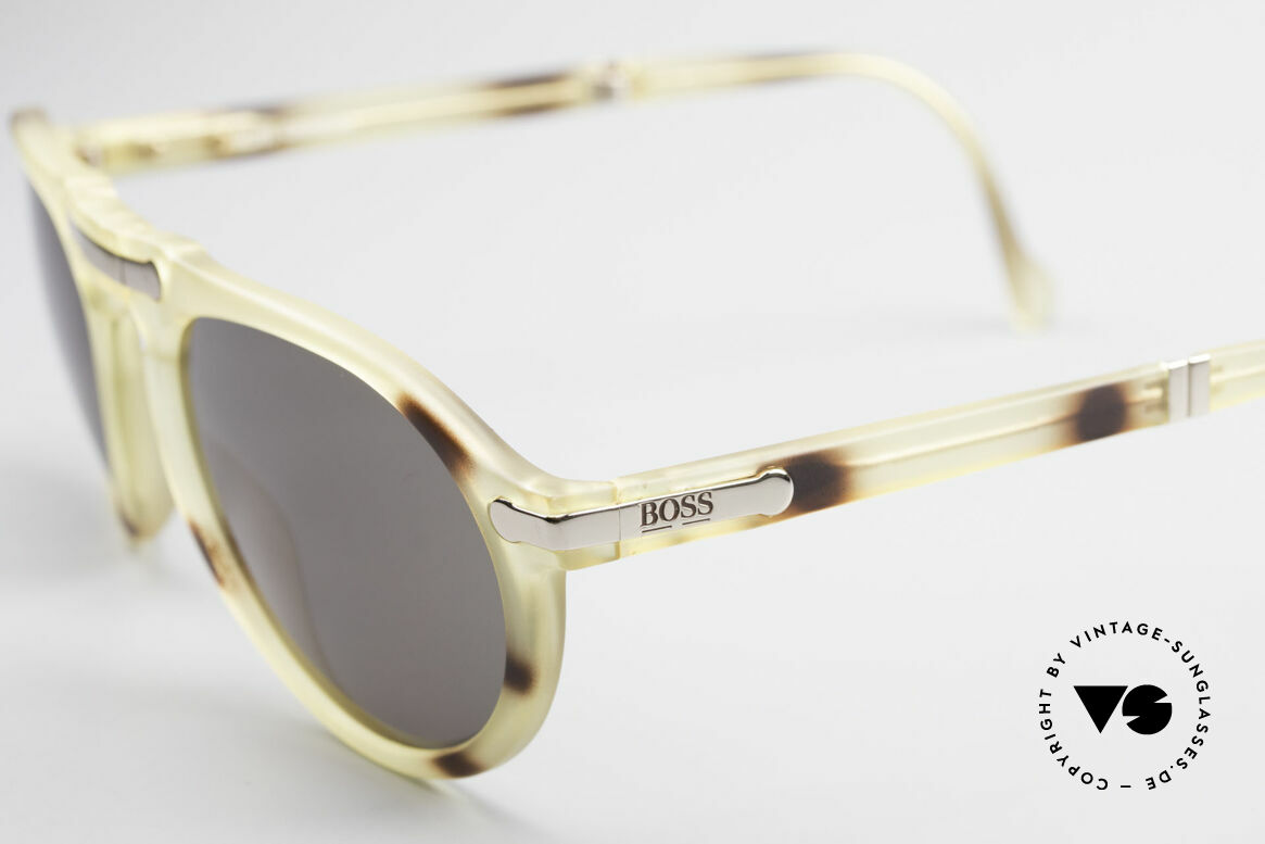 BOSS 5153 Vintage Faltsonnenbrille 90er, das Material scheint nicht zu altern & ist sehr leicht, Passend für Herren