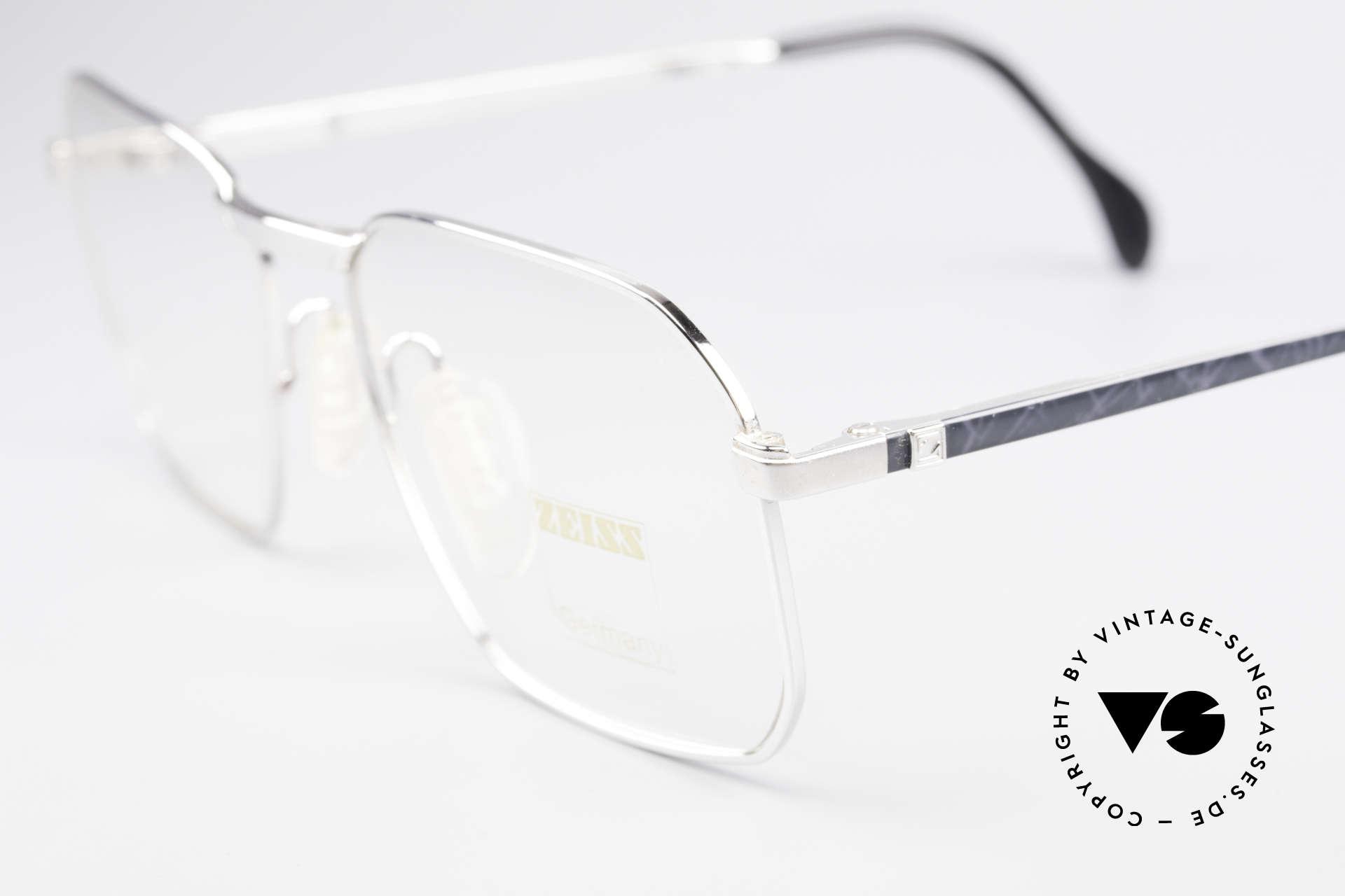 Zeiss 5922 Original Alte 90er Fassung, ungetragen (wie alle unsere alten Brillen von Zeiss), Passend für Herren