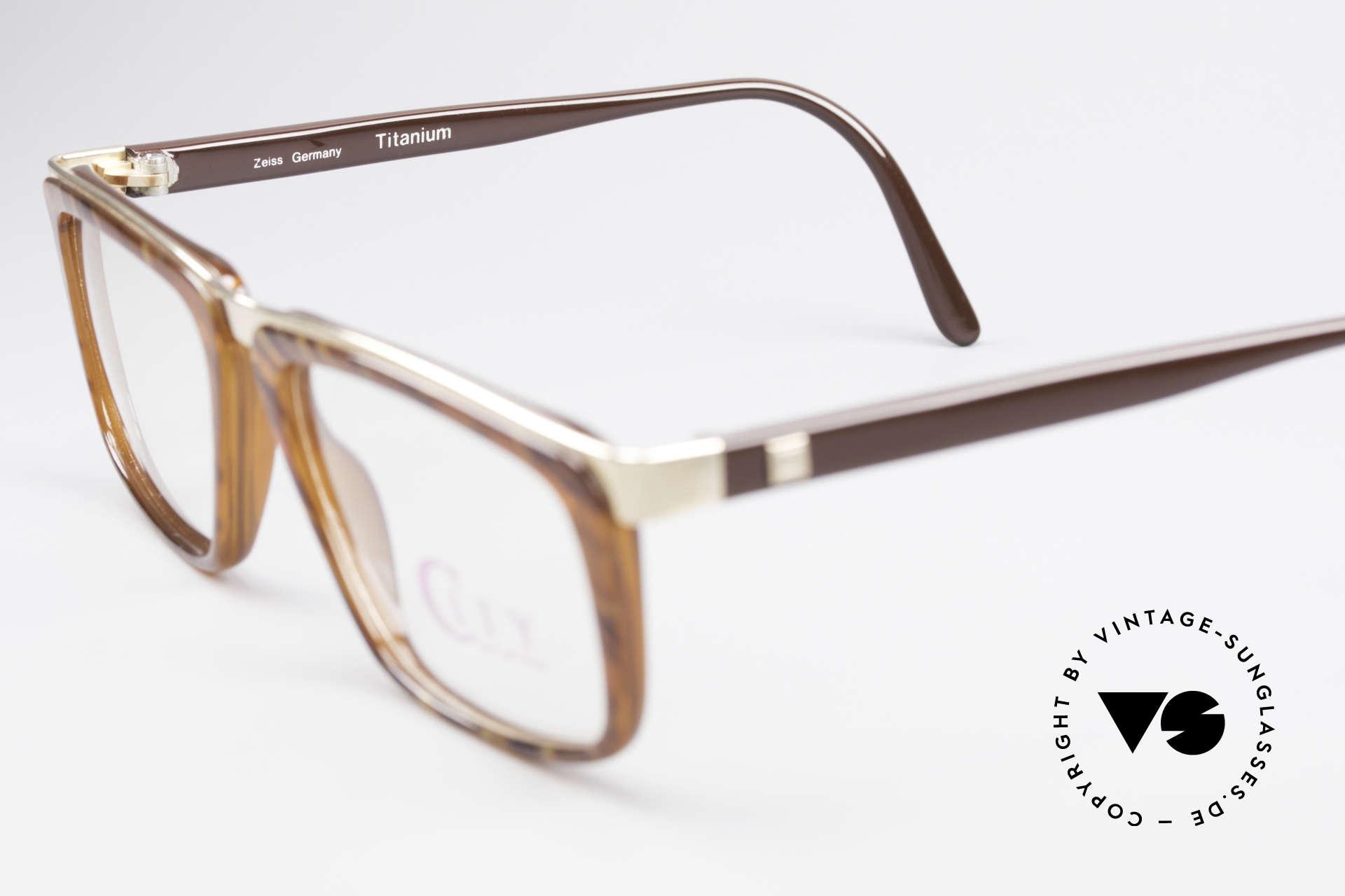 Zeiss 5967 90er Titanium Brille Herren, ungetragen (wie alle unsere alten Brillen von Zeiss), Passend für Herren