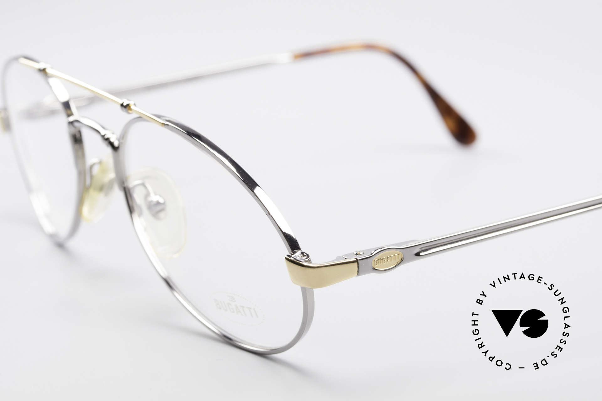 Bugatti 18526 80er Herren Vintage Brille, sehr noble Rahmenlackierung: titanium / vergoldet, Passend für Herren
