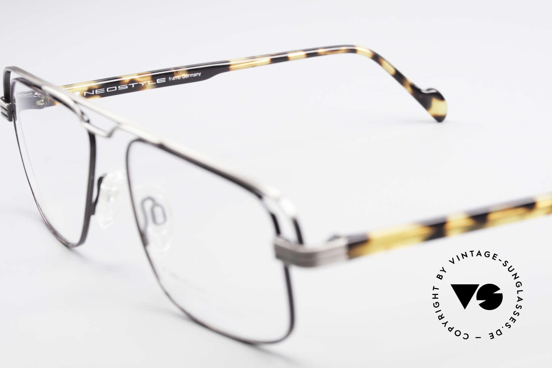 Neostyle Jet 230 80er Vintage No Retro Brille, ungetragen (wie alle unsere vintage Neostyle Brillen), Passend für Herren