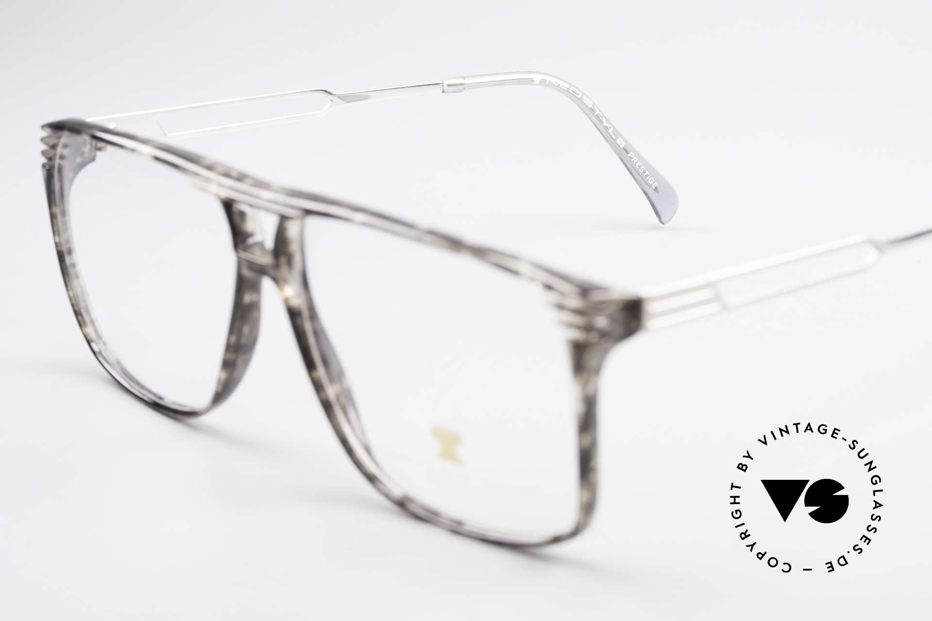 Neostyle Rotary Prestige 33 Titan Fassung 80er Brille, ungetragenes Einzelstück; wie alle unsere Neostyles, Passend für Herren