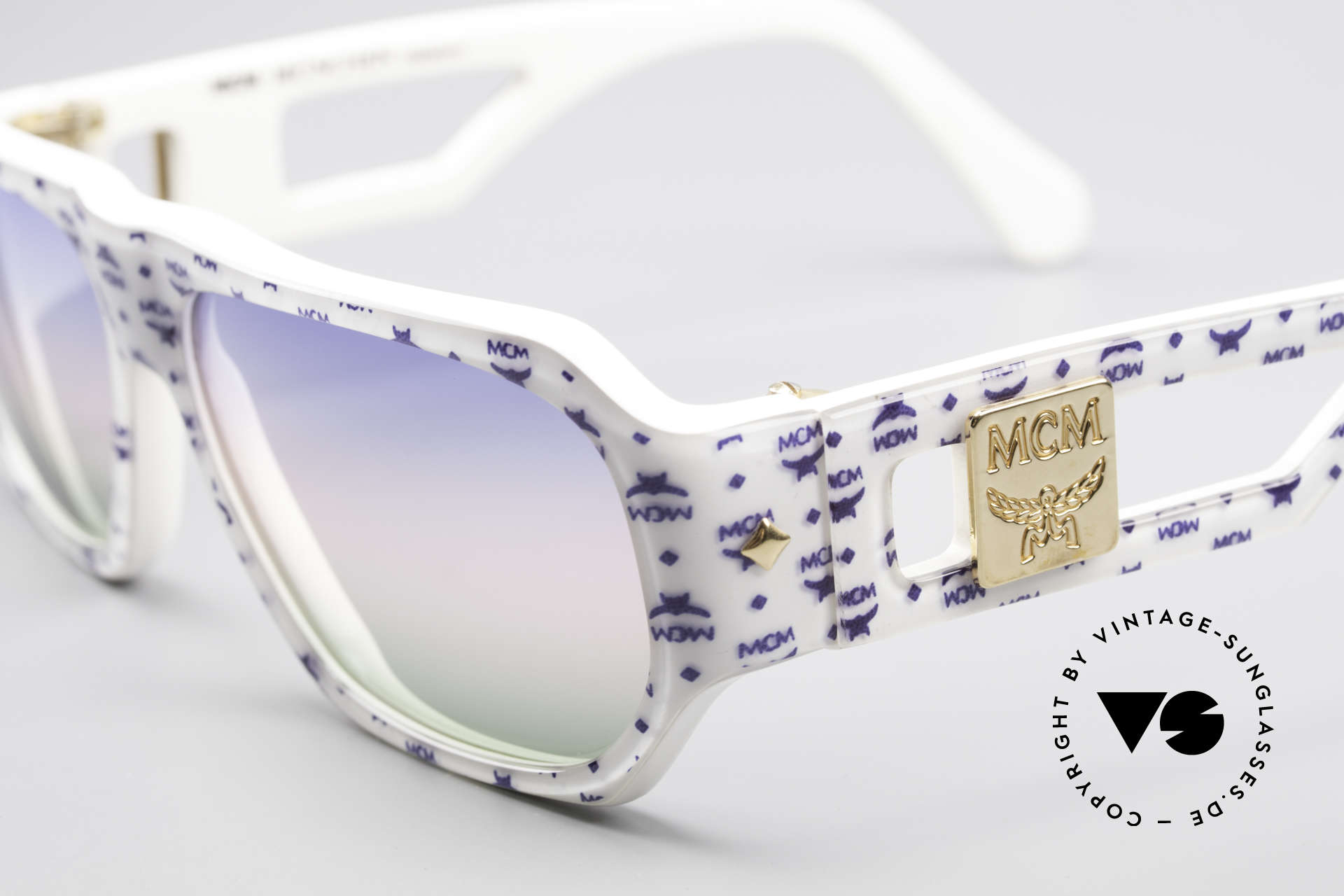MCM München A2 80er Designer Sonnenbrille, auffällig, pompös u. extravagant wie eh und je, Passend für Herren und Damen