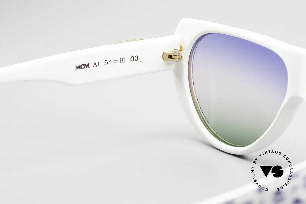 MCM München A1 Hip Hop Designer Sonnenbrille, ungetragen (wie alle unsere MCM Sonnenbrillen), Passend für Herren und Damen