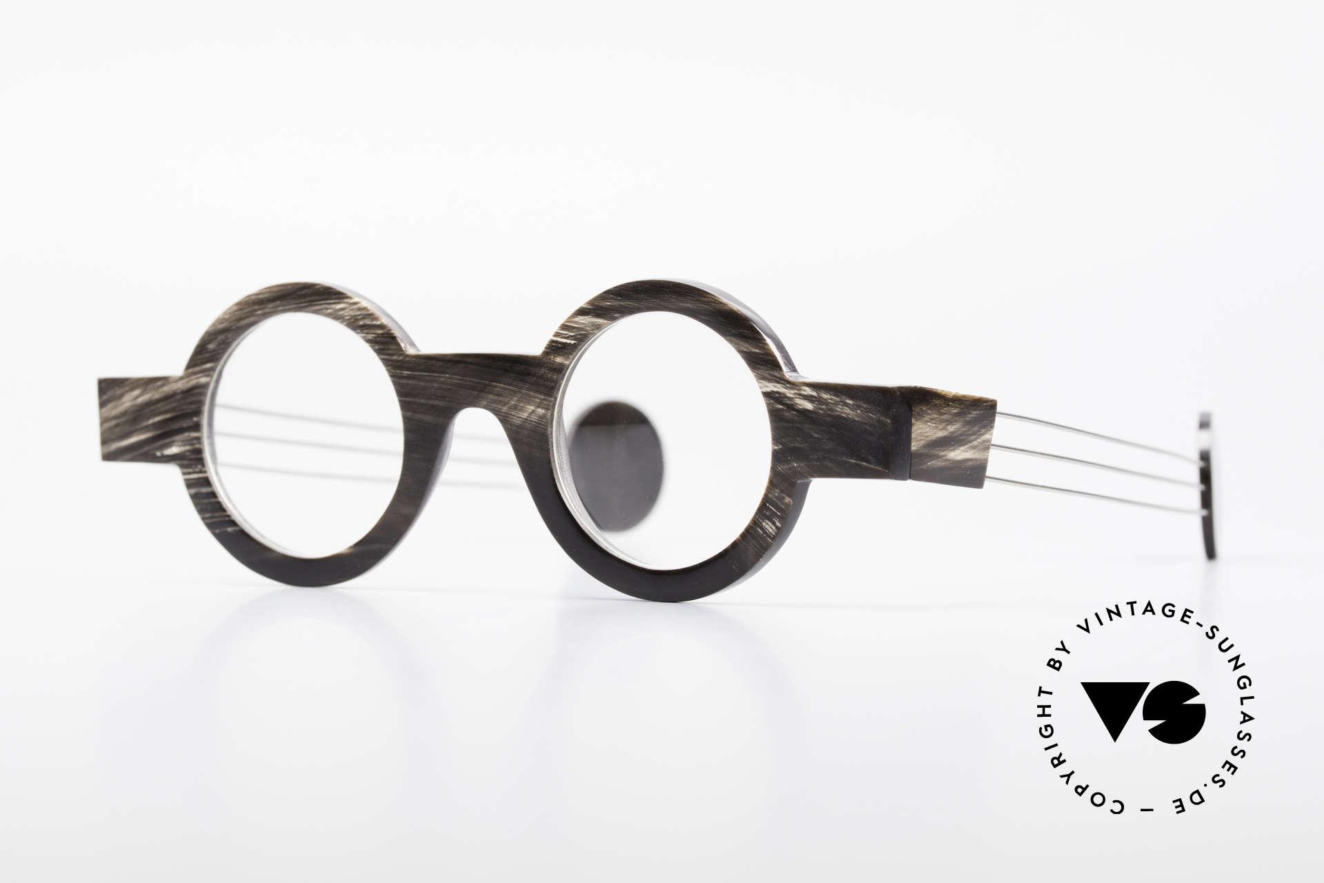 P. Klenk Bold 023 Horn Brille Eindrehbare Bügel, markante, runde Echthorn-Brillenfassung von P. Klenk, Passend für Herren und Damen