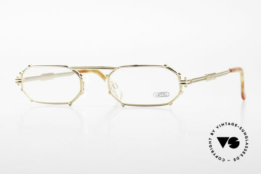 Gerald Genta AU02 Eckige Vergoldete Luxusbrille Details