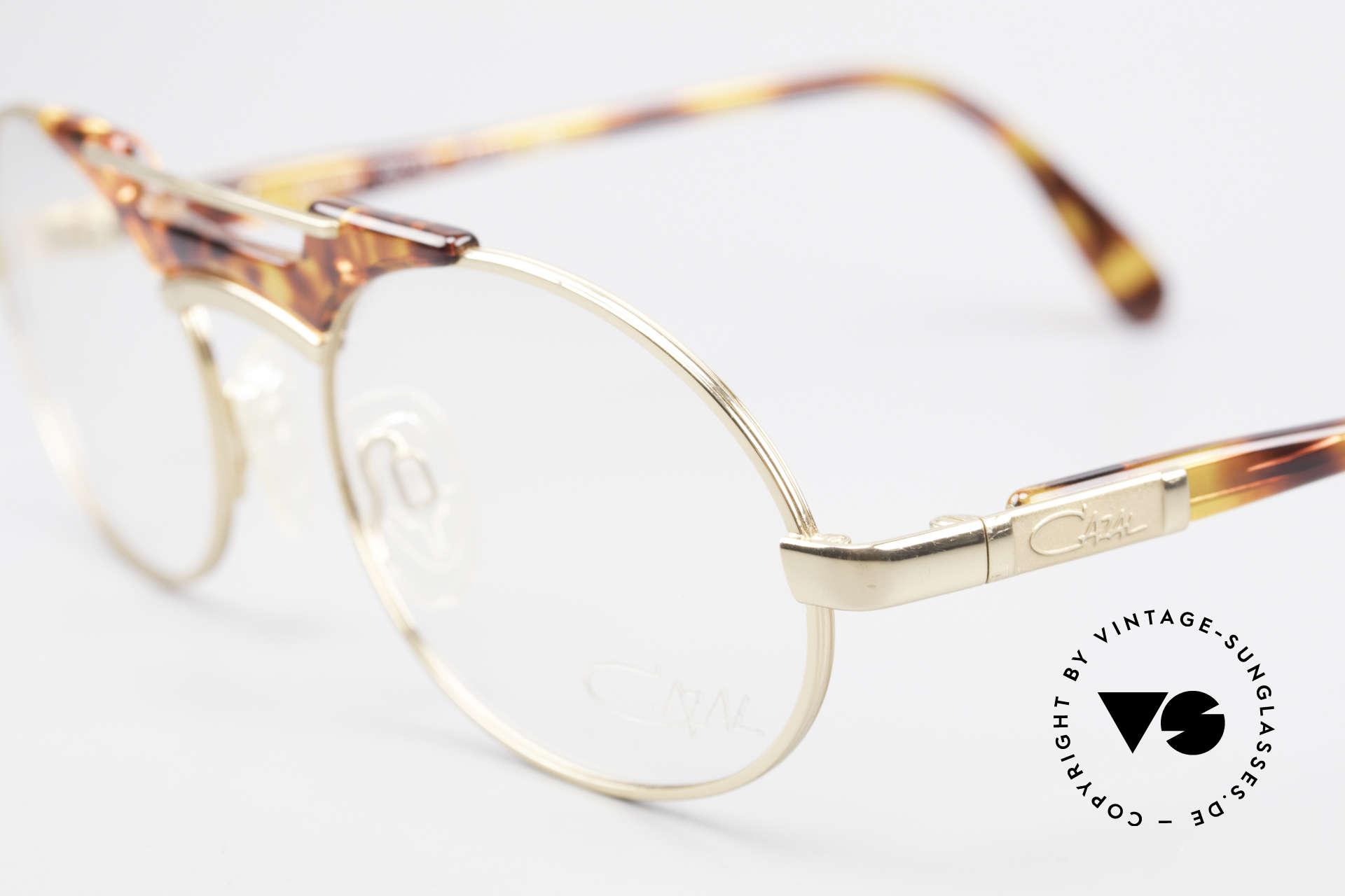 Cazal 749 Ovale Designer Brille Unisex, ungetragen (wie alle unsere vintage 90er Cazals), Passend für Herren und Damen