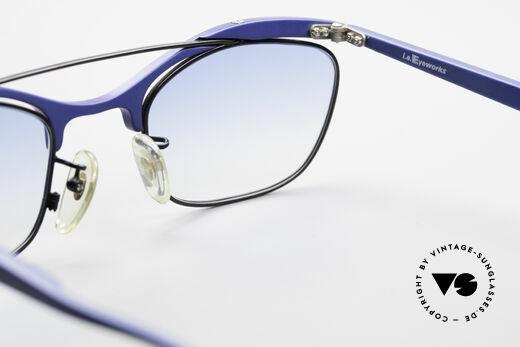 L.A. Eyeworks PLUTO III No Retro Vintage Sonnenbrille, leicht blau-getönte Gläser und mit Etui von Silhouette, Passend für Herren und Damen