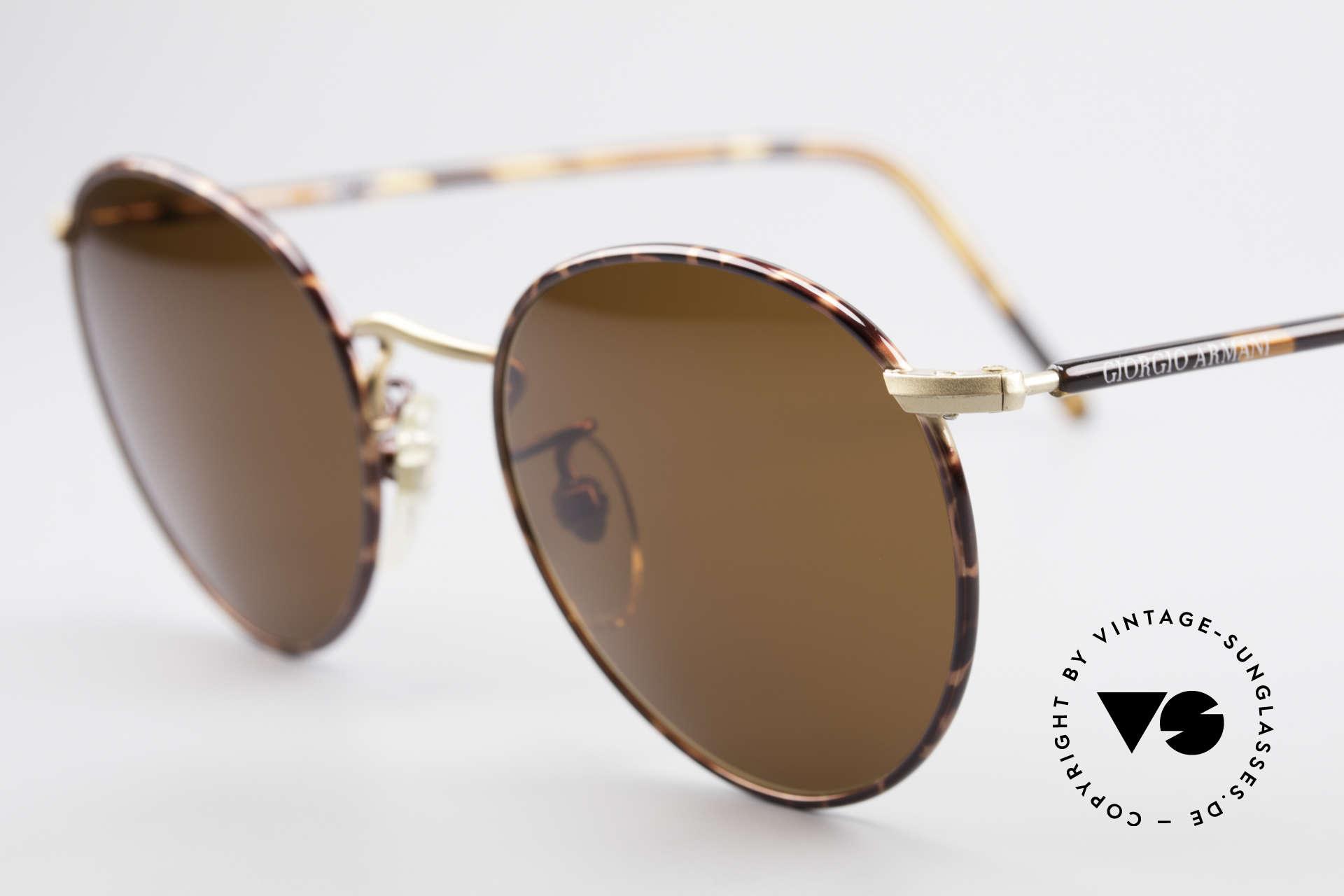 Giorgio Armani 138 Panto Vintage Sonnenbrille, fast schon ein 'intellektuelles / spirituellen' Design, Passend für Herren