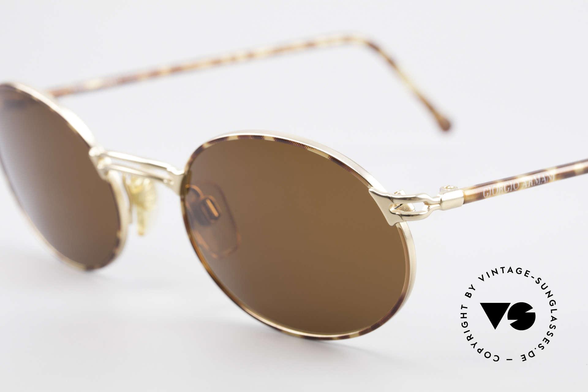Giorgio Armani 194 Ovale Sonnenbrille No Retro, Sonnengläser in einem kräftigen Braun (100% UV), Passend für Herren und Damen