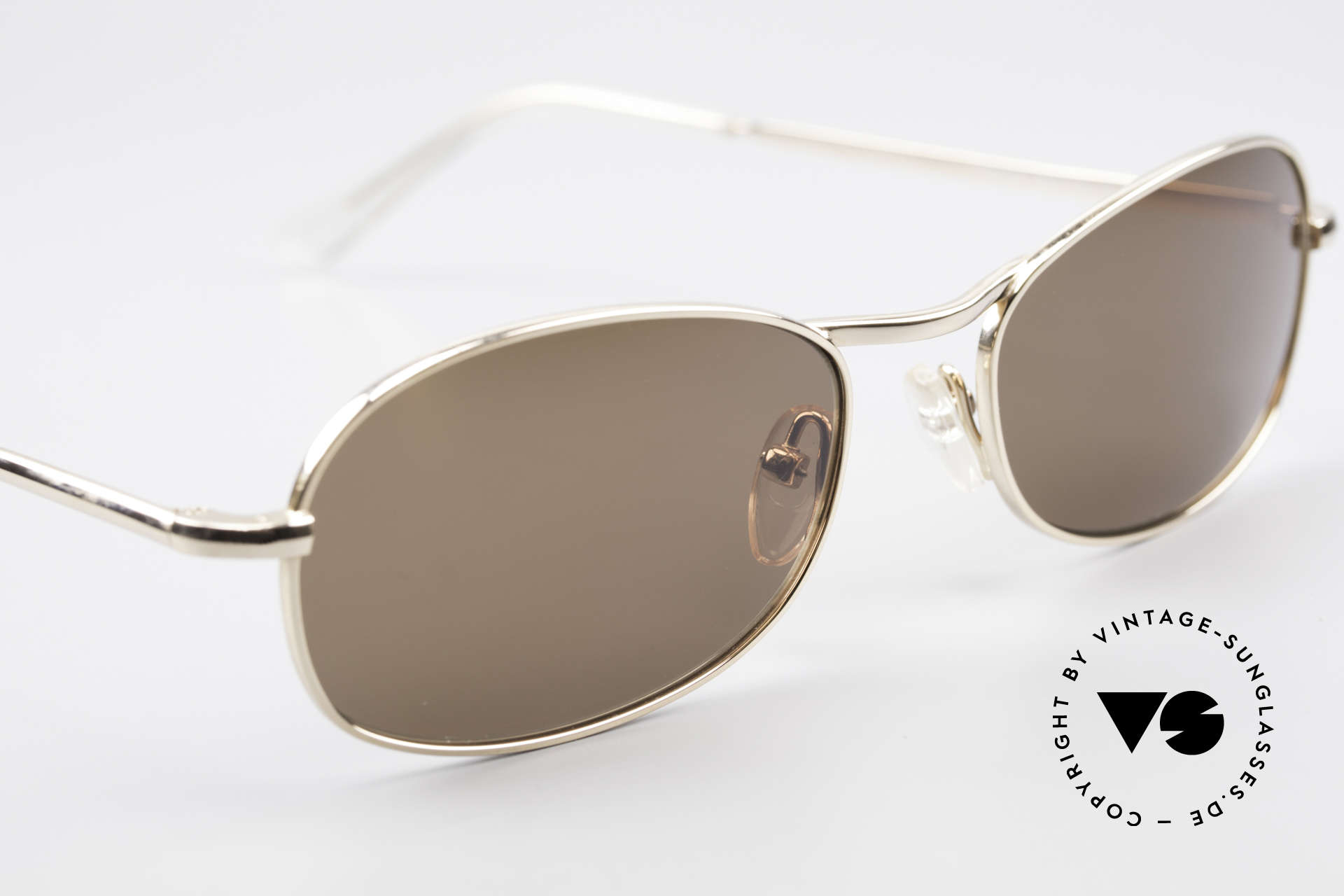 Helmut Lang SHL53A Minimalistische Titan Brille, ungetragen (wie alle unsere vintage Helmut Lang Brillen), Passend für Herren