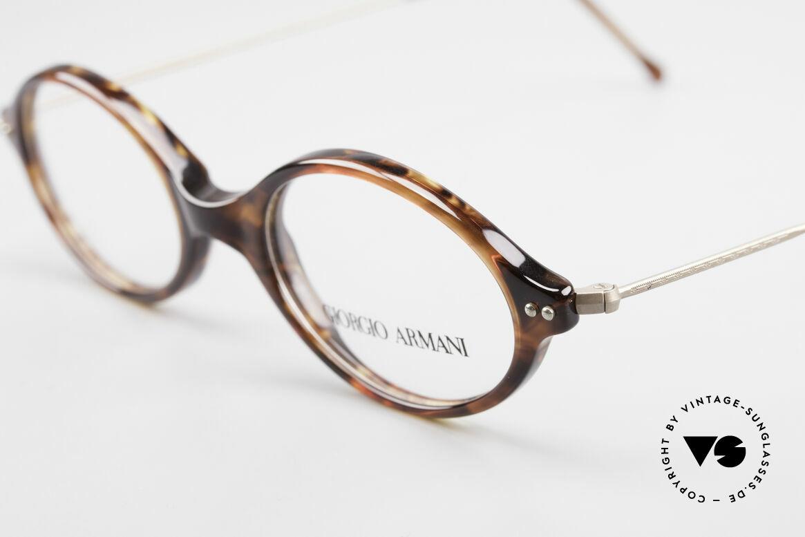 Giorgio Armani 378 90er Unisex Brille Oval, zeitloser Stil; Top-Qualität und nur 9 Gramm leicht, Passend für Herren und Damen