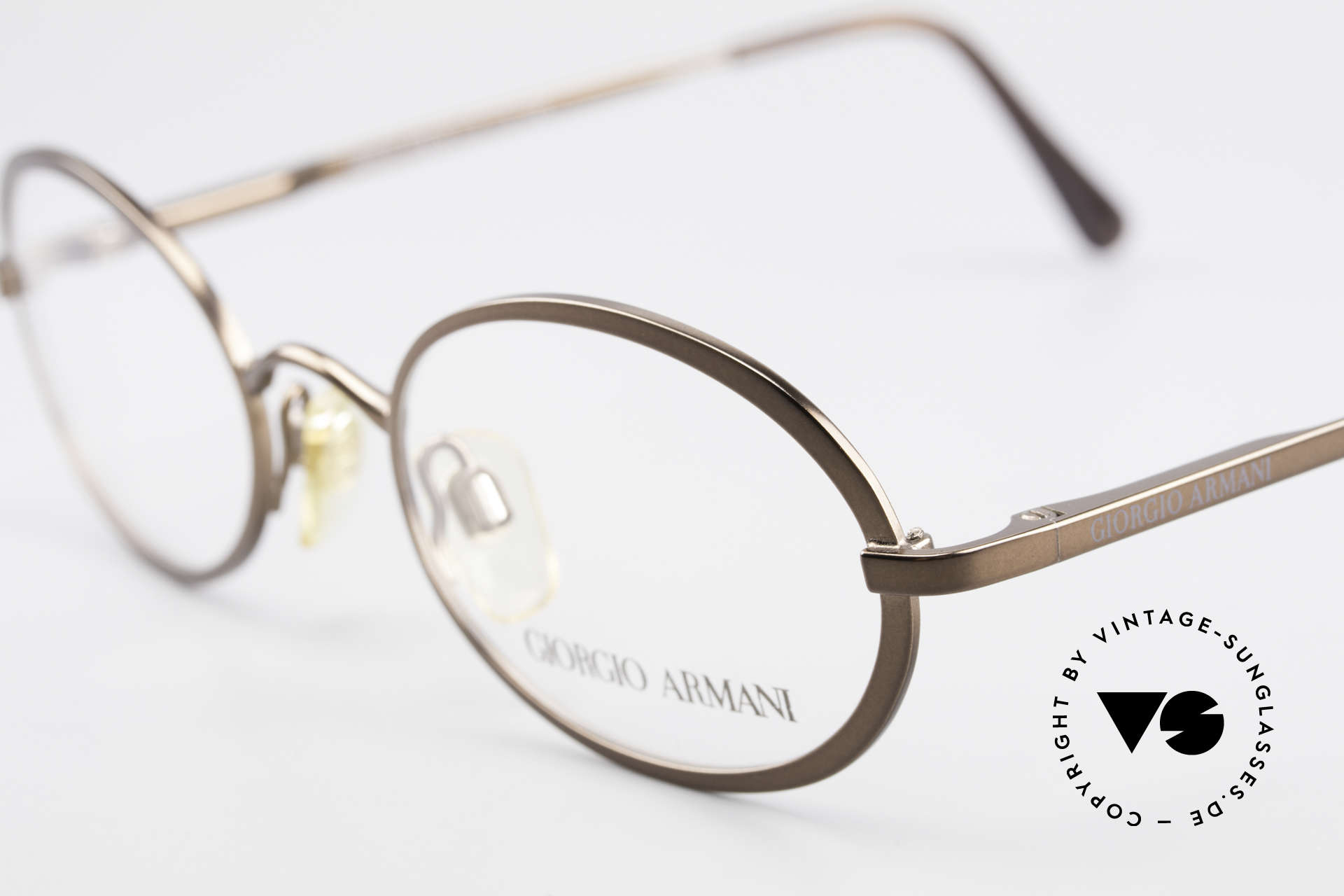 Giorgio Armani 277 90er Vintage Fassung Oval, ungetragen (wie alle unsere 90er GA Brillenklassiker), Passend für Herren und Damen